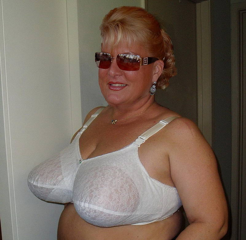 Big granny with massive tits loves to get wet and wild 2