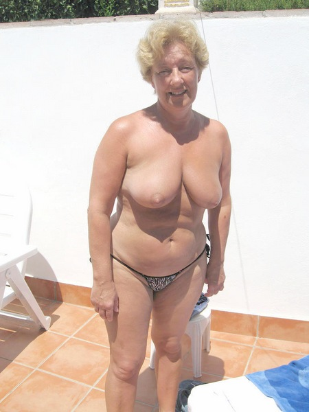 only sexy grannies jpg 422x640