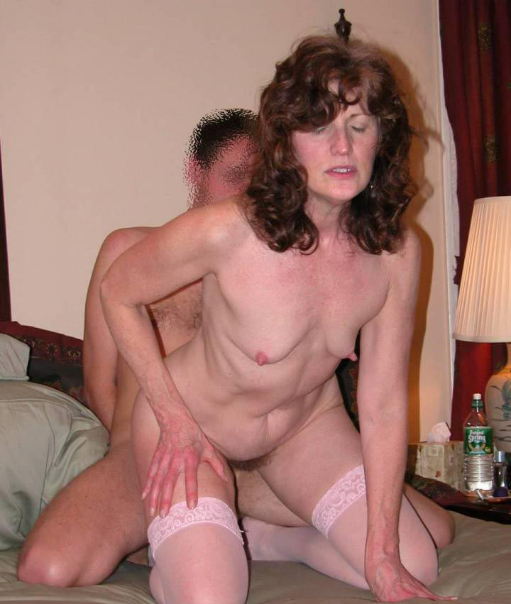 milf pictures Ftree in nylons