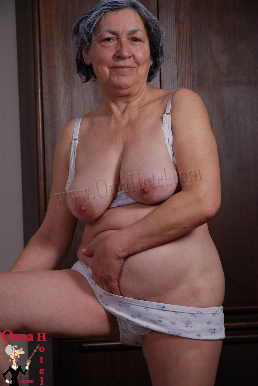 Old lady fuck big cock