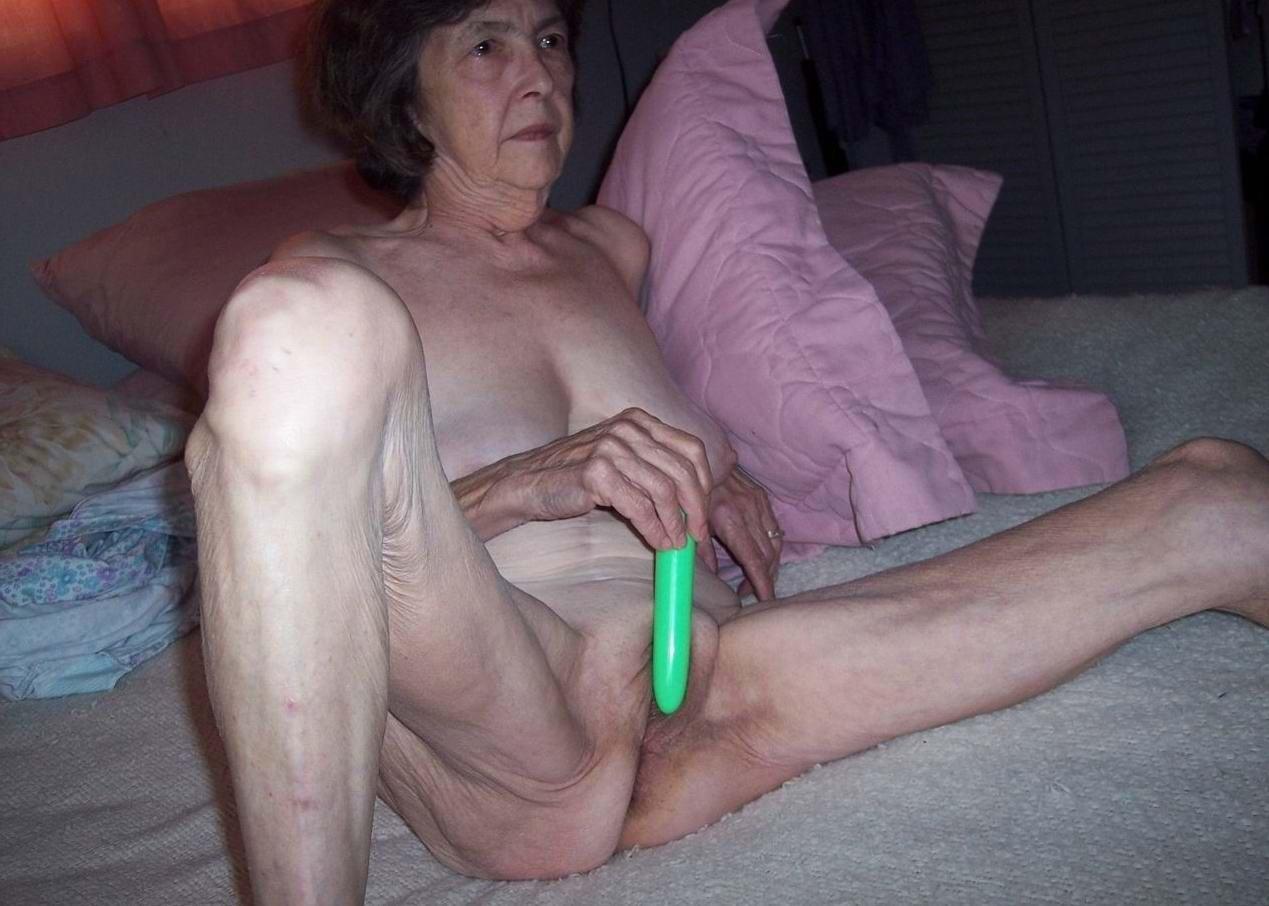 Смотреть порно бесплатно секс старух за 70 15 фотография